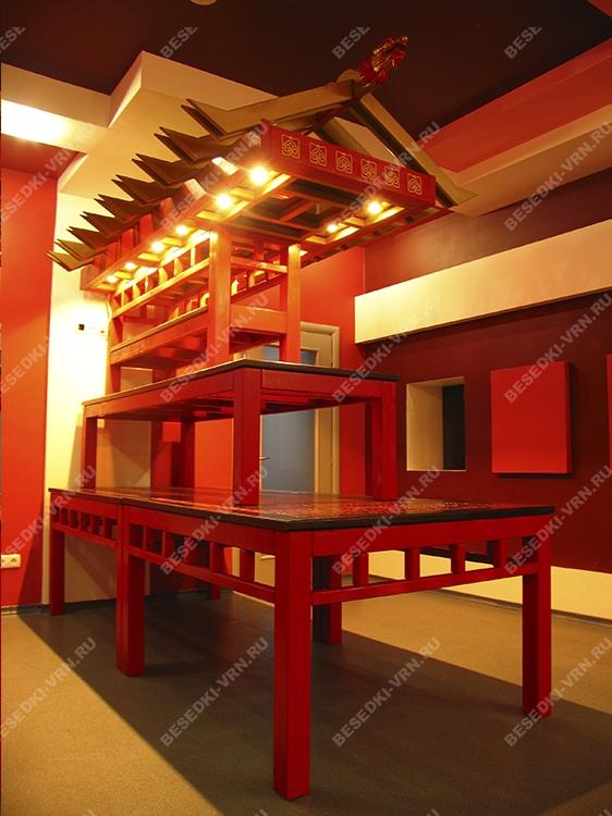 Мебель предметы интерьера беседки стол красный ярус